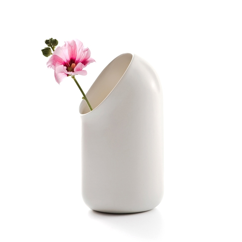 Ô Vase - Vase - Tableware - Silvera Uk