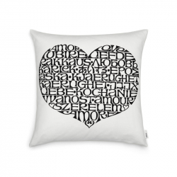 GRAPHIC International Love Heart Cushion - Cushion -  -  Silvera Uk